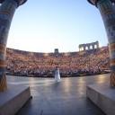 arena di verona veneto foto colosseo interno dentro spettacolo opera italia anfiteatro romano