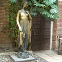 verona veneto italia giulietta romeo amore statua monumento storico di verona